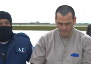 Jesus Vicente Zambada Niebla being extradited to the U.S.